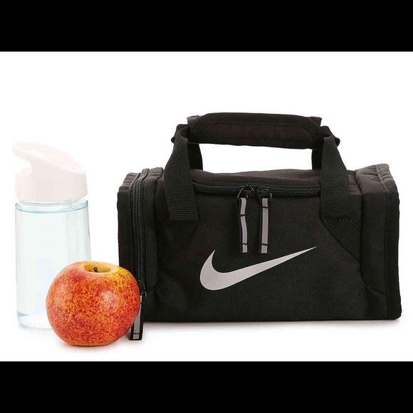 66ef5da6e774 NWT Nike Mini Duffel Bag Lunch Bag